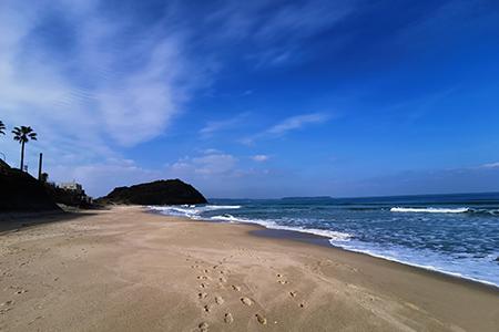 姉子の浜鳴き砂